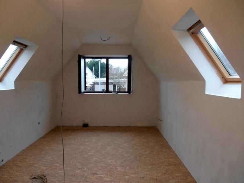 Podkroví - sádrokartony, podlahy (OSB)